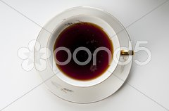 Kaffee kochen mit Porzellan-Filter Stock Photos