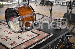 Drums setup in a open live concert Kuvituskuvat