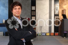 Young business man at office building Kuvituskuvat
