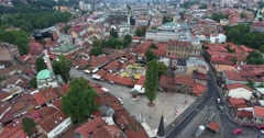 Footage of Sarajevo's landmark Sebilj and old town... Stock Footage
