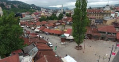 Sarajevo´s old town and it´s landmark Sebilj, the shot is moving towards it Stock Footage