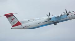 Bombardier Dash 8 take-off Stock Footage