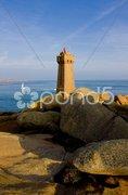 Pors Kamor lighthouse, Ploumanac'h, Brittany, France Stock Photos