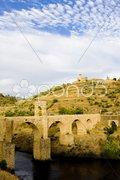 Roman bridge, Alcantara, Caceres Province, Extremadura, Spain Stock Photos