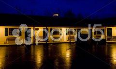 Motel at night, North Conway, New Hampshire, USA Stock Photos