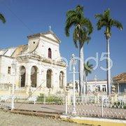 Iglesia Parroquial de la Santisima Trinidad, Plaza Mayor, Trinidad, Cuba Stock Photos