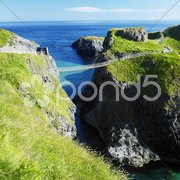 Carrick-a-rede Rope Bridge, County Antrim, Northern Ireland Stock Photos
