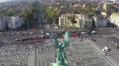 Heroes square, angel statue Stock Footage