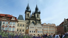 View of the old town square in Prague (1) Stock Footage