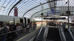 Traveling people at main train station (Berlin Hauptbahnhof) Stock Footage