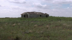Faded Dreams...an abandoned home on the lonely prairie of Texas, 4K. Stock Footage
