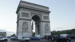 Roundabout in Paris near the Arc Du Triomph Stock Footage
