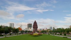 TIMELAPSE Independence monument with traffic,Phnom Penh,Cambodia Stock Footage
