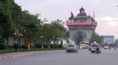 TIMELAPSE Evening traffic and Patuxai,Vientiane,Laos Stock Footage