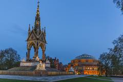 The Albert Memorial in front of the Royal Albert Hall, London, England, United Stock Photos