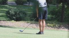 Left hand golfer Stock Footage