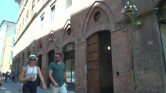 Narrow old streets in medieval Siena city, Tuscany Stock Footage