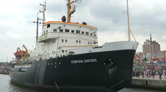 Big ship at Hansesail weekend along the Rostock Harbor Stock Footage