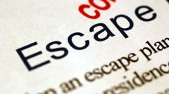 Escape plan Stock Footage