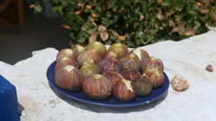 Fresh figs on a plate. Stock Footage