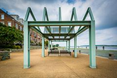 Shelter over benches on the Potomac River waterfront, in Alexandria, Virginia Stock Photos