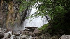 Beautiful Muehtinsky waterfall in the Altai Republic. Stock Footage