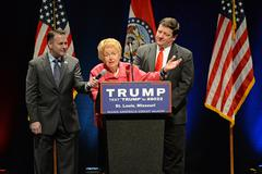 Phyllis Schlafly at Trump Rally in Saint Louis Stock Photos