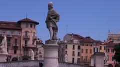 Prato della Valle, elliptical square in Padua Stock Footage