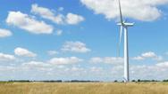 Single wind turbine time lapse Stock Footage