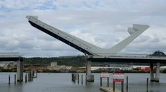 Lifting Harbour bridge, Te Matau ā Pohe, on the Hatea River, Whangarei Stock Footage
