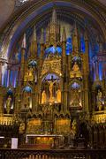 Interior alter of Notre-Basilica, at Place d'Armes in Old Montreal, Quebec, Kuvituskuvat
