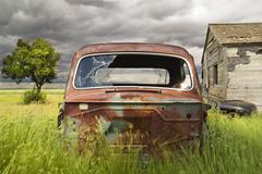 Abandoned car, southern Saskatchewan, Canada. Kuvituskuvat
