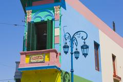 Colourful building and lamppost along Caminito Street in La Boca district in Stock Photos
