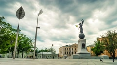 "Constitution square with statue ""Glory to Ukraine"" in Kharkiv Stock Footage"