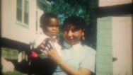 African American women and their children, 3634 vintage home movie Stock Footage