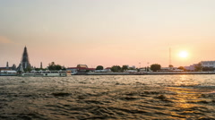 Wat Arun temple, sunset timelapse - Bangkok Stock Footage