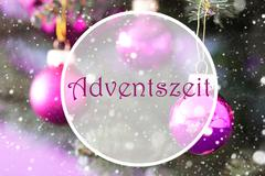 Rose Quartz Christmas Balls, Adventszeit Means Advent Season Stock Photos