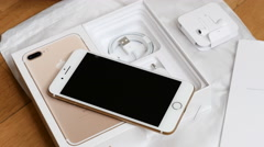 IPhone 7 plus dual camera unboxing full unboxing new Earpods and accessories Stock Footage