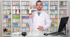 Medicament Drug Presentation Speech Pharmacist Man Recommending Pharmacy Product Stock Footage