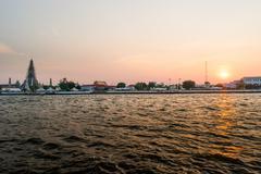 Wat Arun temple, sunset - Bangkok Stock Photos