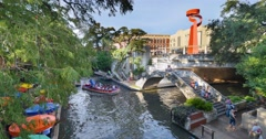 Day Establishing Shot San Antonio Riverwalk Stock Footage