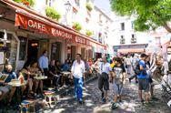 PARIS, FRANCE - August 7, 2016 : beautiful Street view of  Montmartre in Pari Stock Photos