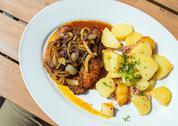 Wiener Schnitzel - fried pork chop Stock Photos