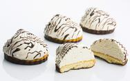 Delicious cream cookies Stock Photos