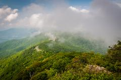 Fog over the Blue Ridge Mountains, seen from Little Stony Man Cliffs in Shena Stock Photos