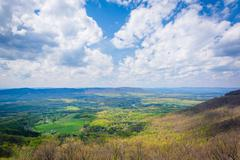 Spring view of the Shenandoah Valley from Skyline Drive, in Shenandoah Nation Stock Photos