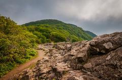 The Appalachian Trail on Little Stony Man Cliffs, in Shenandoah National Park Stock Photos
