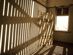 House interior in the namibian ghost town of Kolmanskop Stock Photos