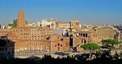 Mercati di Traiano - roman ruins in the sun Stock Footage