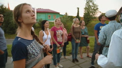Tour for tourists in Suzdal Stock Footage